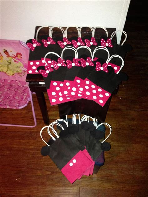 Minnie Mouse Handmade Decorations - minnie mouse diy cambry s 2nd birthday