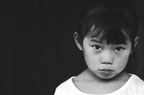 entries   black  white portrait contest