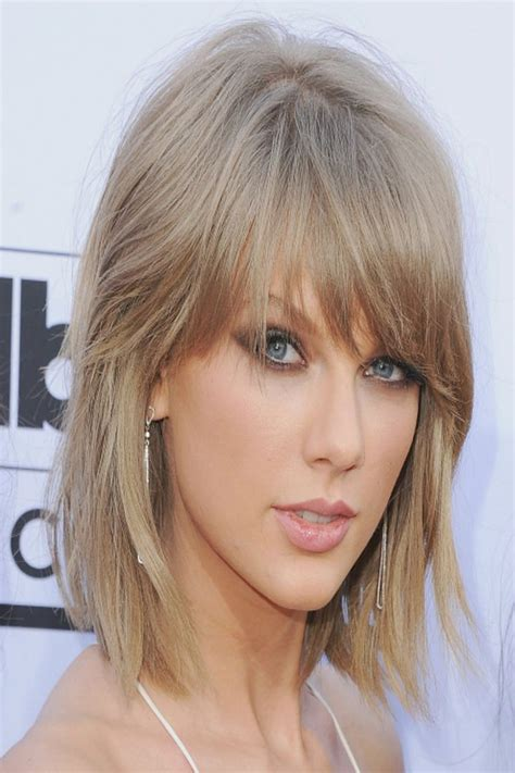 can you have a feathered cut for thick curly hair 25 best ideas about razored hair on pinterest short