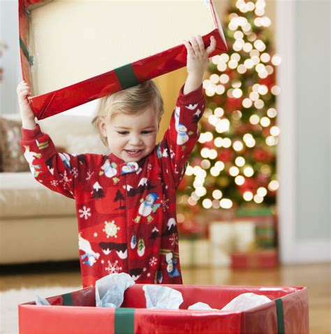 christmas gift opening ideas photo shoot ideas for creative