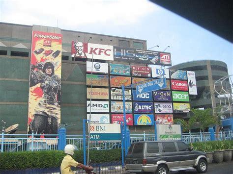 Parfum Shop Surabaya surabaya plaza pusat perbelanjaan di jantung kota