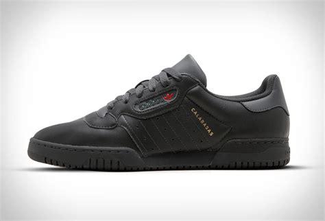 Sepatu Adidas Yeezy Wanita Casual Trendy Made In Import adidas yeezy powerphase