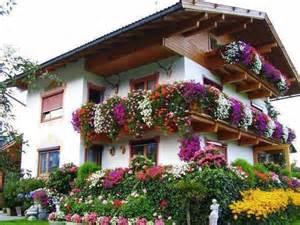 flower house balkonblumen balcony flower house decorations austria travel tyrol posts house