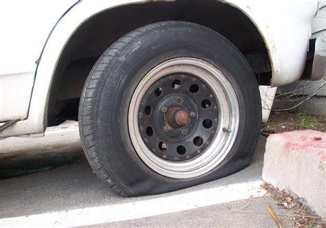 tire repair kits  cars  plug tools  punctures