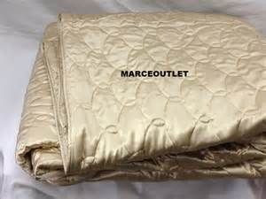 Satin Quilted Coverlet Barbara Barry Silk Quilted Coverlet Chagne