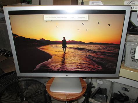 apple cinema   hd flat panel display mlla monitor