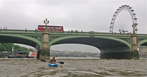 thames river tide times kayaking on the tidal river thames in london group safety