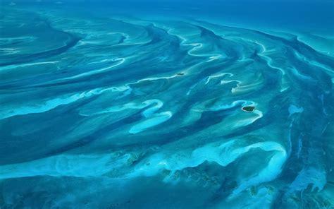 aerial island bahamas mac os wallpaper