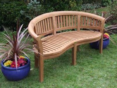 Wooden Bench For Garden Creativedesign Beautiful Beautiful Garden With Wooden