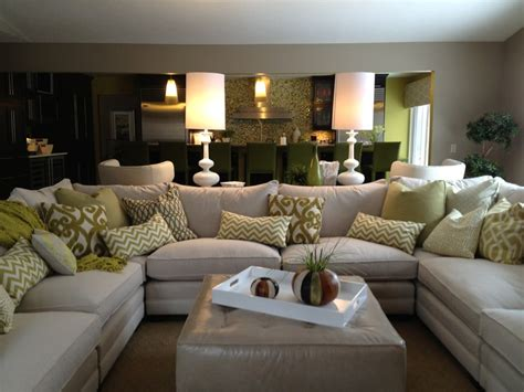 Family Room Sectional White Sofa White Accessories White