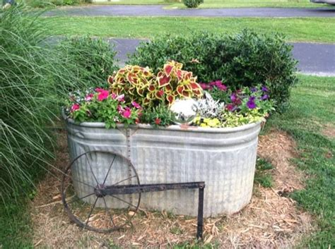Water Trough Planters by Galvanized Steel Water Trough Mj S Cottage Garden