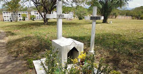el ladrn de tumbas la tumba de un buen ladr 243 n la m 225 s popular en un cementerio del huila