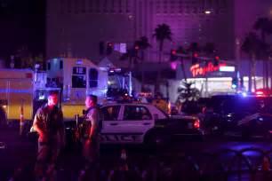 imagenes fuertes tiroteo en las vegas gunman kills at least 50 wounds 200 in las vegas concert