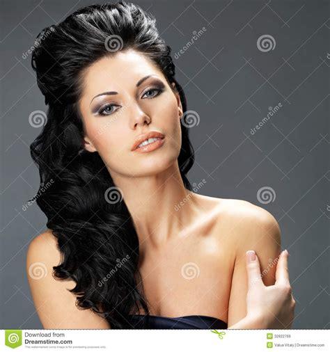 imagenes que hermosa mujer mujer morena hermosa con el pelo largo im 225 genes de archivo