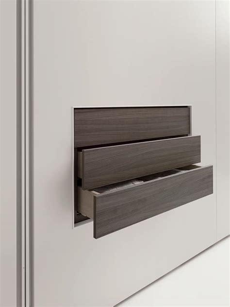 cassetti armadio armadio complanare di design con cassetti a vista idfdesign