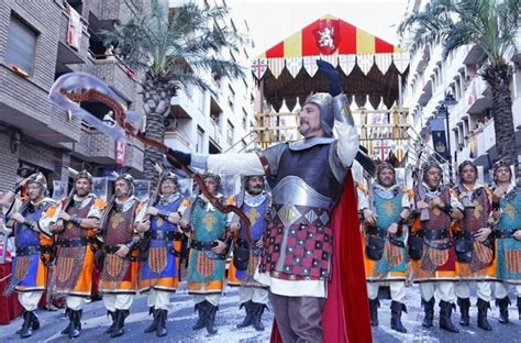 moros y cristianos moors 1543672396 live the moors and christians festival