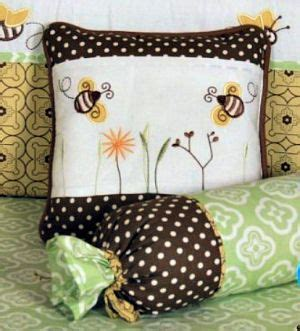 Bumble Bee Nursery Decor 17 Best Ideas About Bumble Bee Nursery On Pinterest Bee Nursery Stencil Walls And Bees