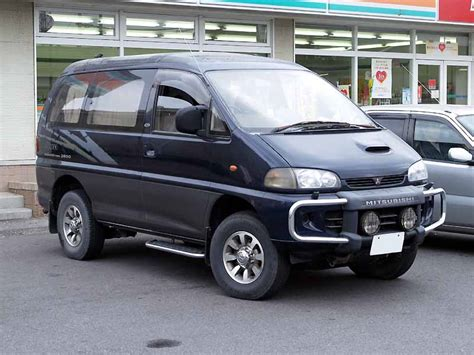 mitsubishi delica 4x4 mitsubishi delica 4x4 photos reviews specs buy car