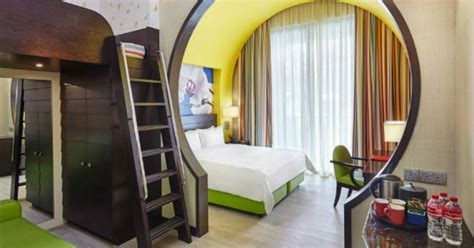 festive hotel family king room 8 family friendly hotels in singapore for the upcoming school holidays tripzilla stays