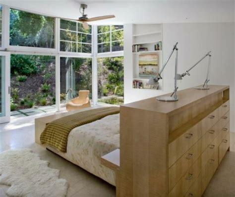 gestell hinter bett der platz hinter dem bett im schlafzimmer stilvolles design