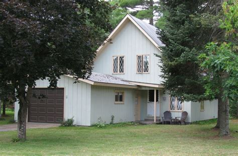 beautiful chalet on the manistee river pet friendly