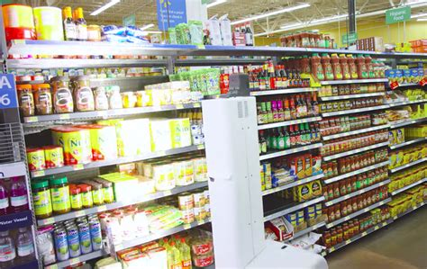 robot walmart walmart robot scans shelves to find items and check inventory slashgear