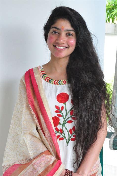 actress sai pallavi hd photos download sai pallavi hd images 50 beautiful pics wallpapers