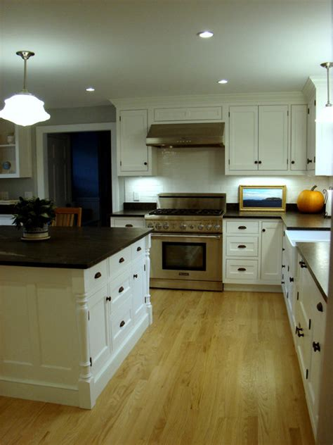 kitchen design portland maine cumberland foreside kitchen traditional kitchen