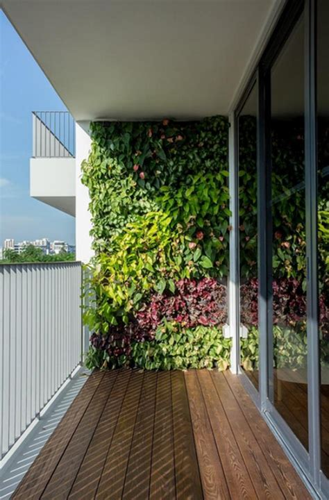 25 Amazing Fresh Grenn Wall For Interior Design Balcony Wall Garden