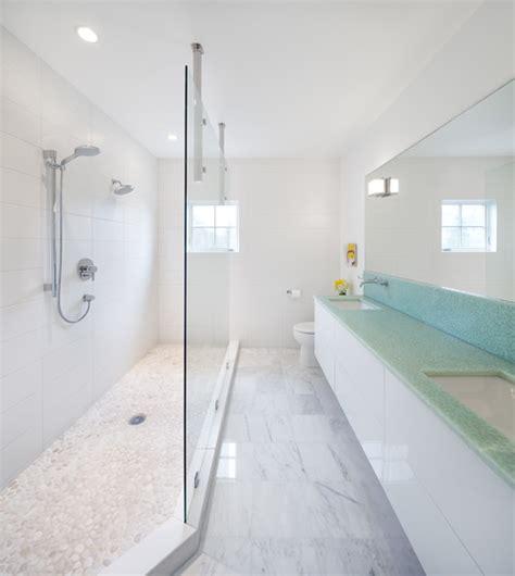 bagni stretti e lunghi bagni stretti e lunghi come arredarli in maniera ottimale