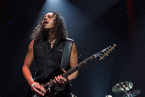 kirk hammett kirk hammett weighs in on massive metallica riff