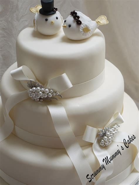 3 tier wedding cake images scrummy mummy s cakes lovebirds 3 tier wedding cake