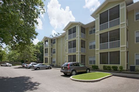 college apartments in gainesville college student apartments