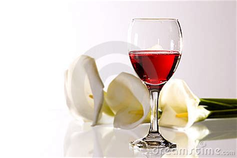 the chemistry of wine from blossom to beverage and beyond books wine and flowers stock photo image 4601770