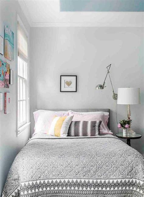 traditional bedroom  beige walls