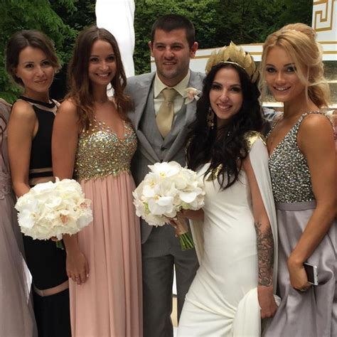 Tent Platform alexander radulov and daria dmitrieva staged a wedding of