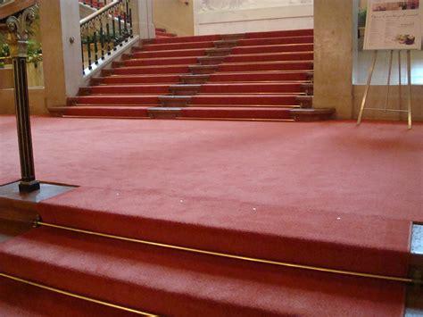 Pvc Boden Verlegen Wien by Bildergalerie Roter Teppichboden Im Konzerthaus Wien