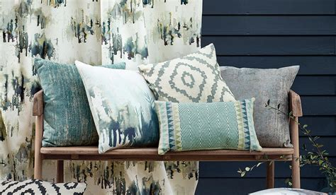 Living Room Soft Furnishings by How To Transform Your Living Room With The Right Soft Furnishings Squarerooms