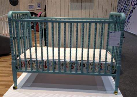 Line Lind Crib by Mdb At Abc Expo 2012 171 Buymodernbaby