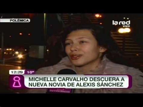 alexis sanchez y su novia michelle carvalho descuera a la nueva novia de alexis