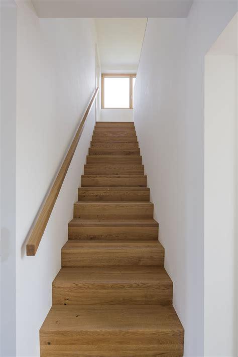 Treppe Handlauf Innen O10 Doppelhaus Gr 252 Nwald Treppe Handlauf Und Treppenhaus