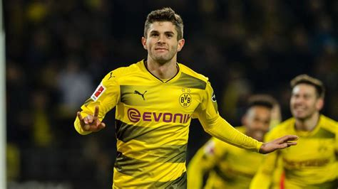 christian pulisic borussia christian pulisic set to return for borussia dortmund