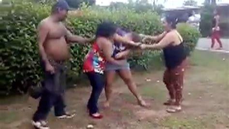 mujeres bailando tubo sin nada puesto video mujeres bailando sin nada de ropa vestido de novia