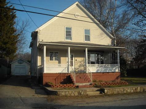 houses for sale in woonsocket 97 dana st woonsocket rhode island 02895 reo home details foreclosure homes free