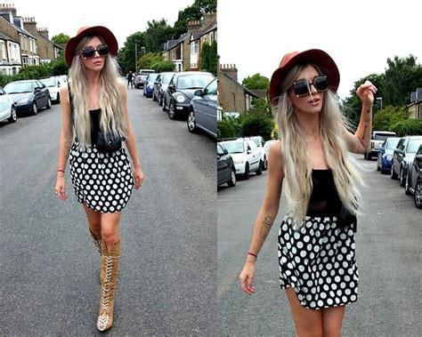 joanna l vintage 70 s sunnies primark skirt diy boots