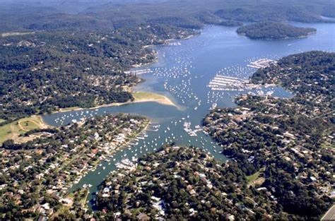 boat brokers pittwater swing moorings for lease for sale marina berths and