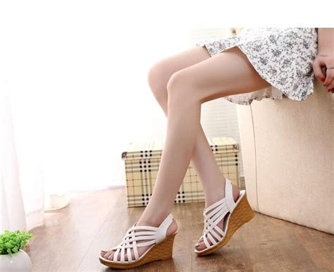 white fashion sandal import tamochi
