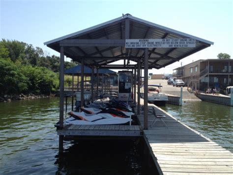 fishing boat rentals dfw big chief landing ski boat jet ski and pontoon rentals