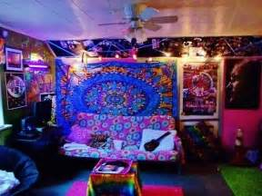 trippy bedroom decor 17 best ideas about hippie style rooms on pinterest