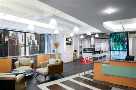 design center at the merchandise mart ge monogram 174 design center to open in chicago s
